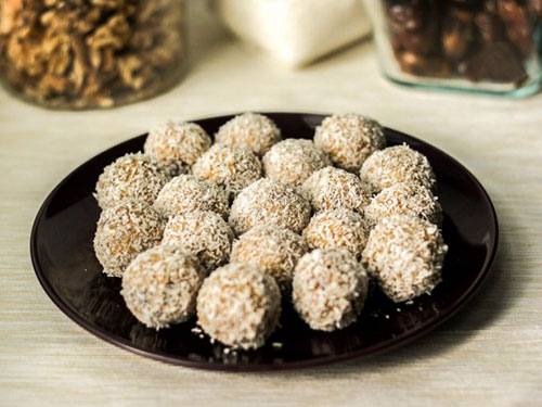 Coconut Rolled Date Balls