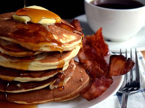Easy Paleo Vanilla Pancakes