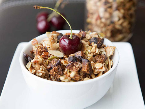 Hippie Fig Granola
