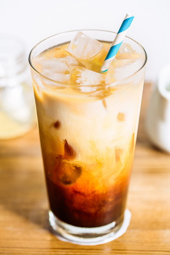 """Get the taste of a sweet, creamy, cool coffee treat anytime of the day with this chicory iced Paleo """"coffee""""."""