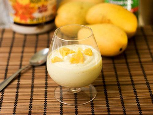 Vegan Mango Mousse
