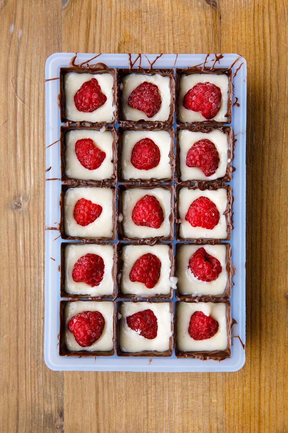 chocolate covered raspberry cheesecake bites