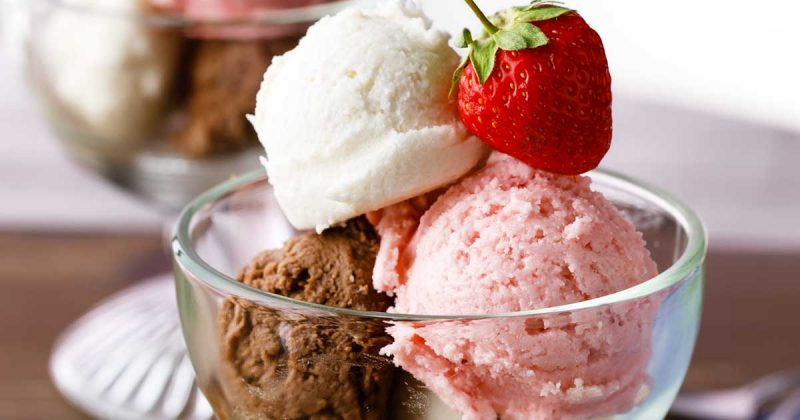 3 easy banana ice cream recipes chocolate vanilla and strawberry what could possibly be better than delicious homemade banana ice cream thats easy three different flavors of homemade banana ice cream ccuart Choice Image