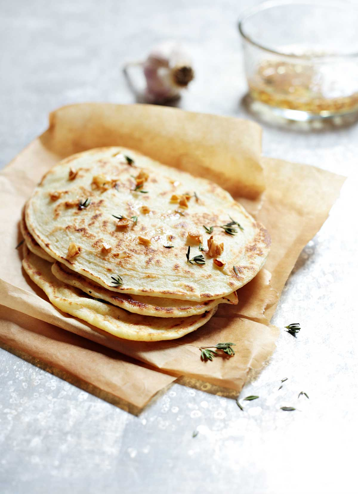 homemade garlic naan