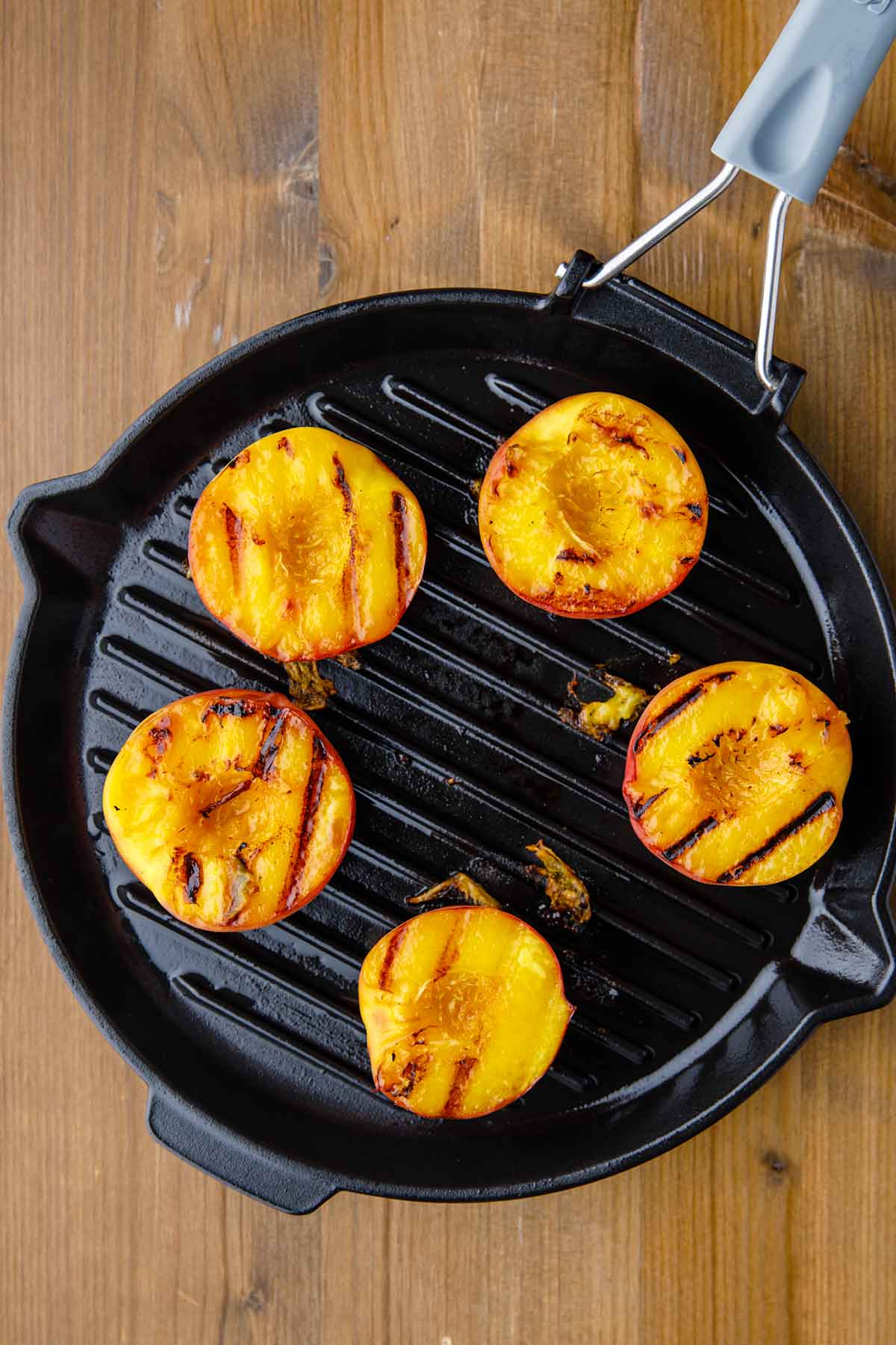 how to pan grill peaches