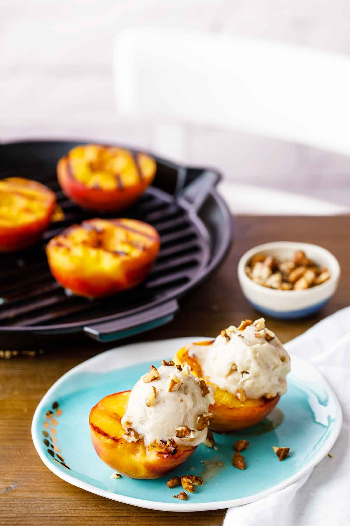 paleo grilled peaches