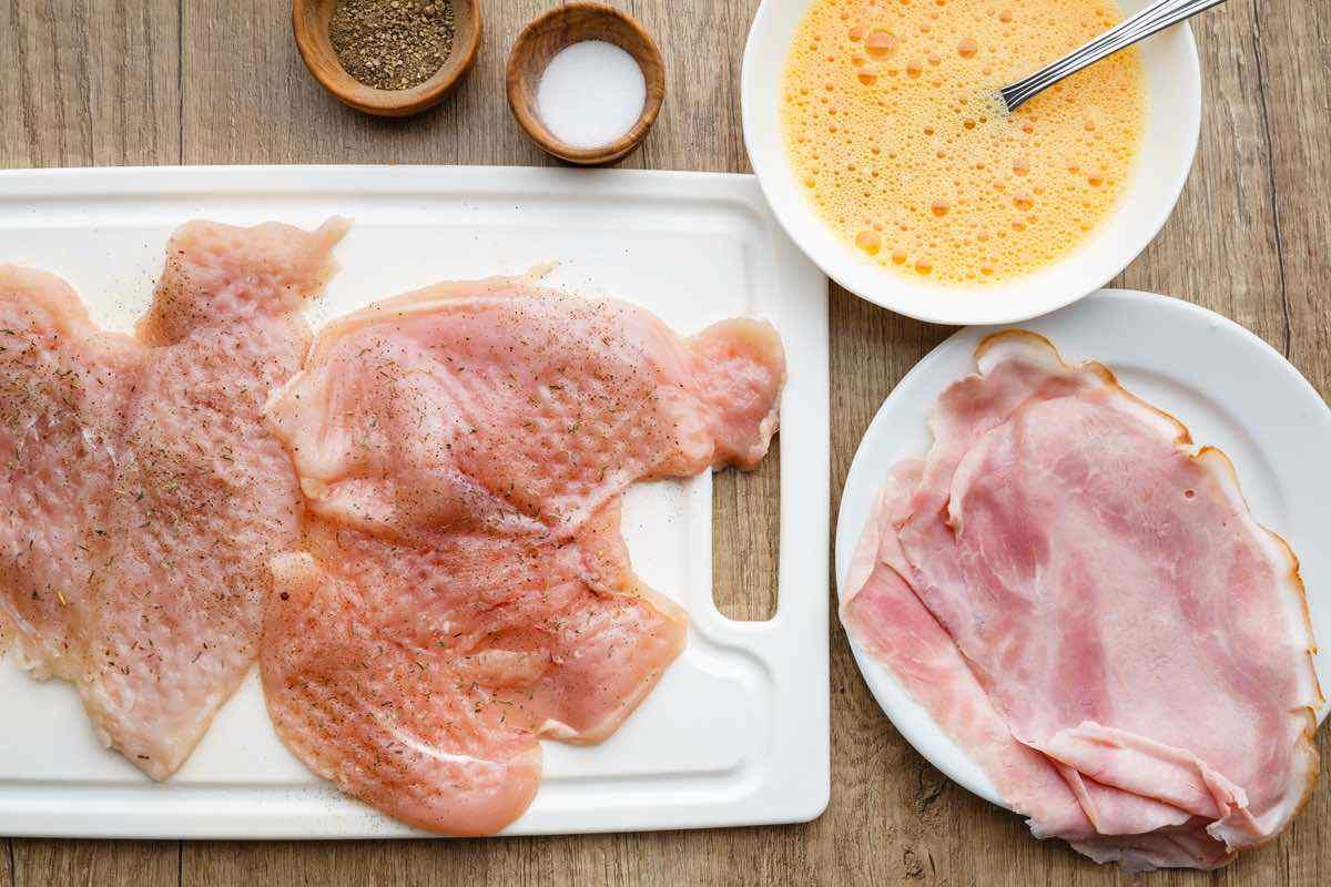 chicken cordon bleu prep