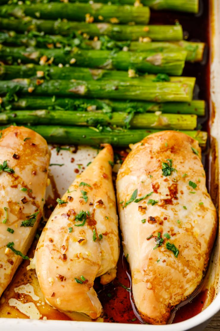 baking the chicken and asparagus