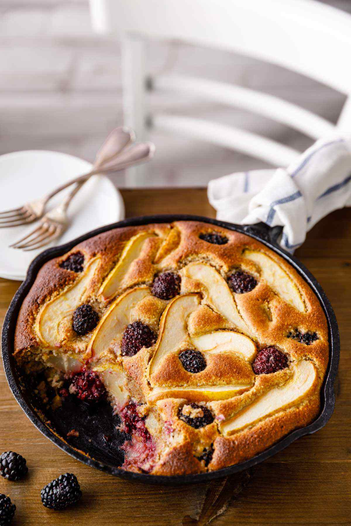 paleo pear and blackberry cobbler