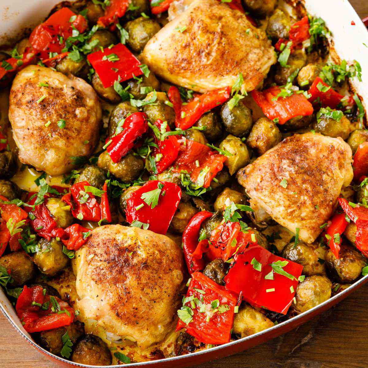 Roasted Chicken Thighs With Peppers Potatoes Recipe: One Pan Chicken Thighs With Roasted Peppers