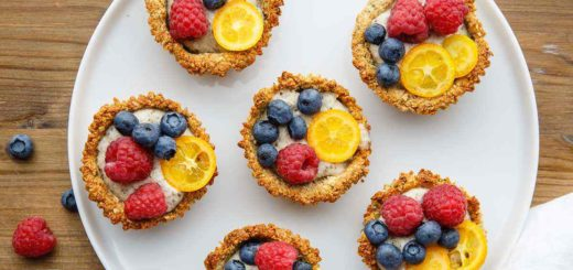 Paleo Granola Breakfast Cups with Homemade Cashew Yogurt