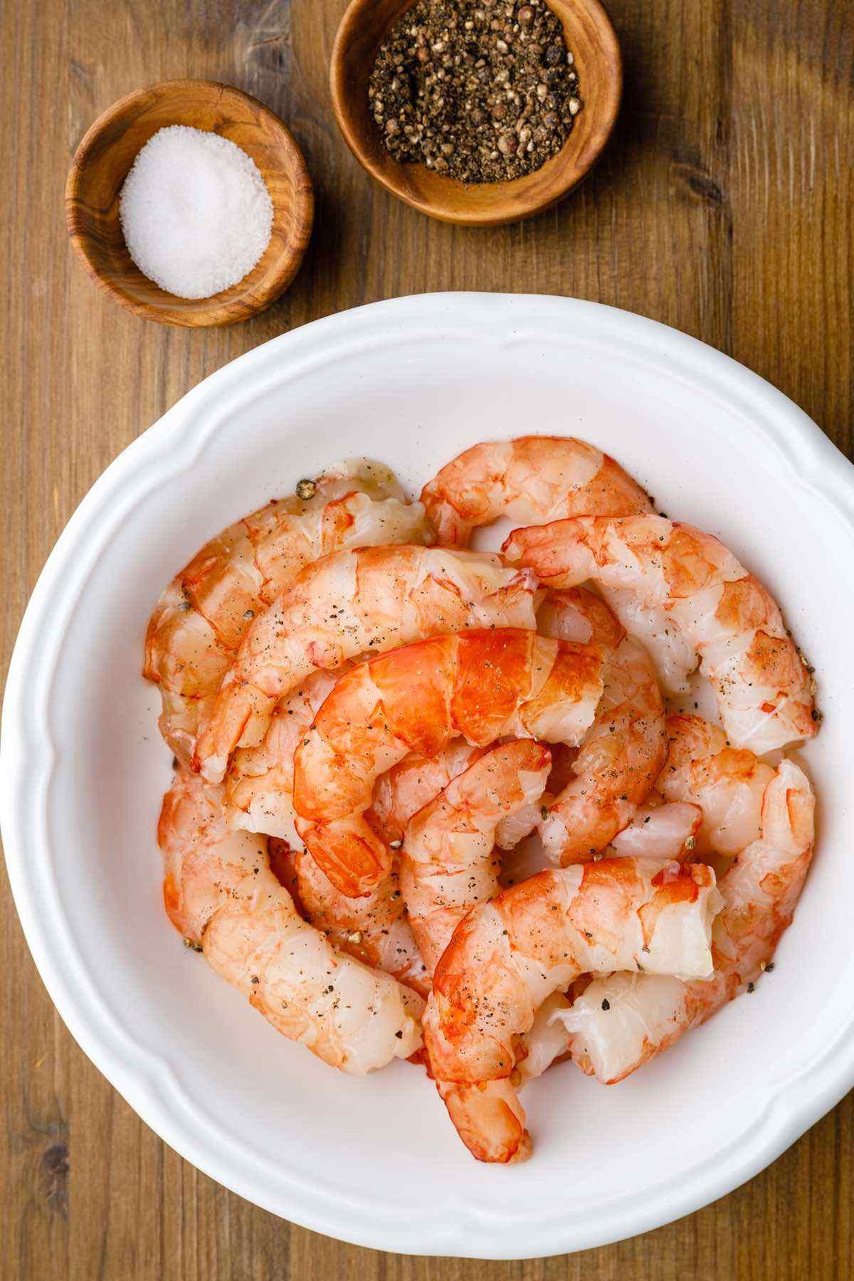 prepping shrimp
