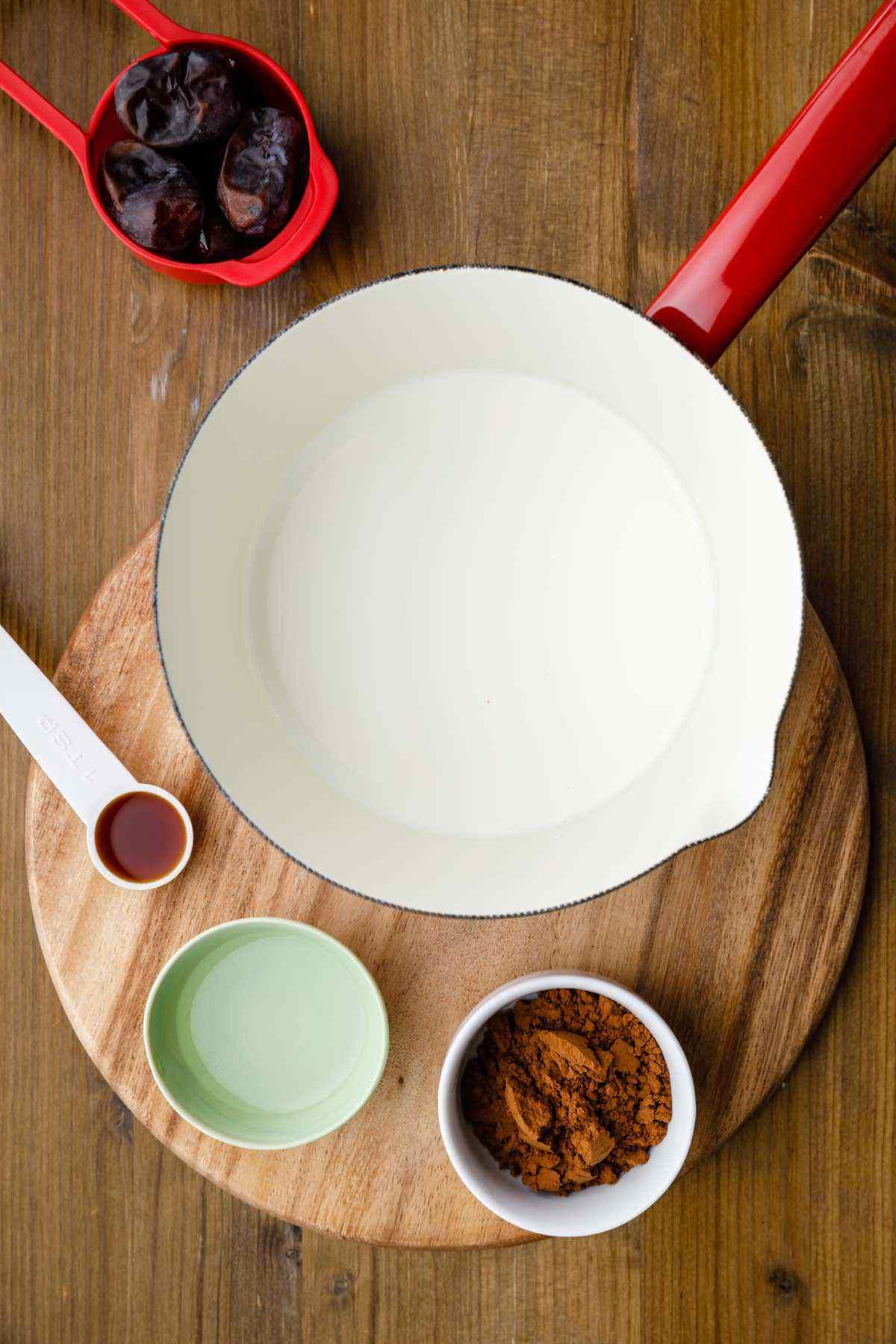 preparing ganache dip ingredients