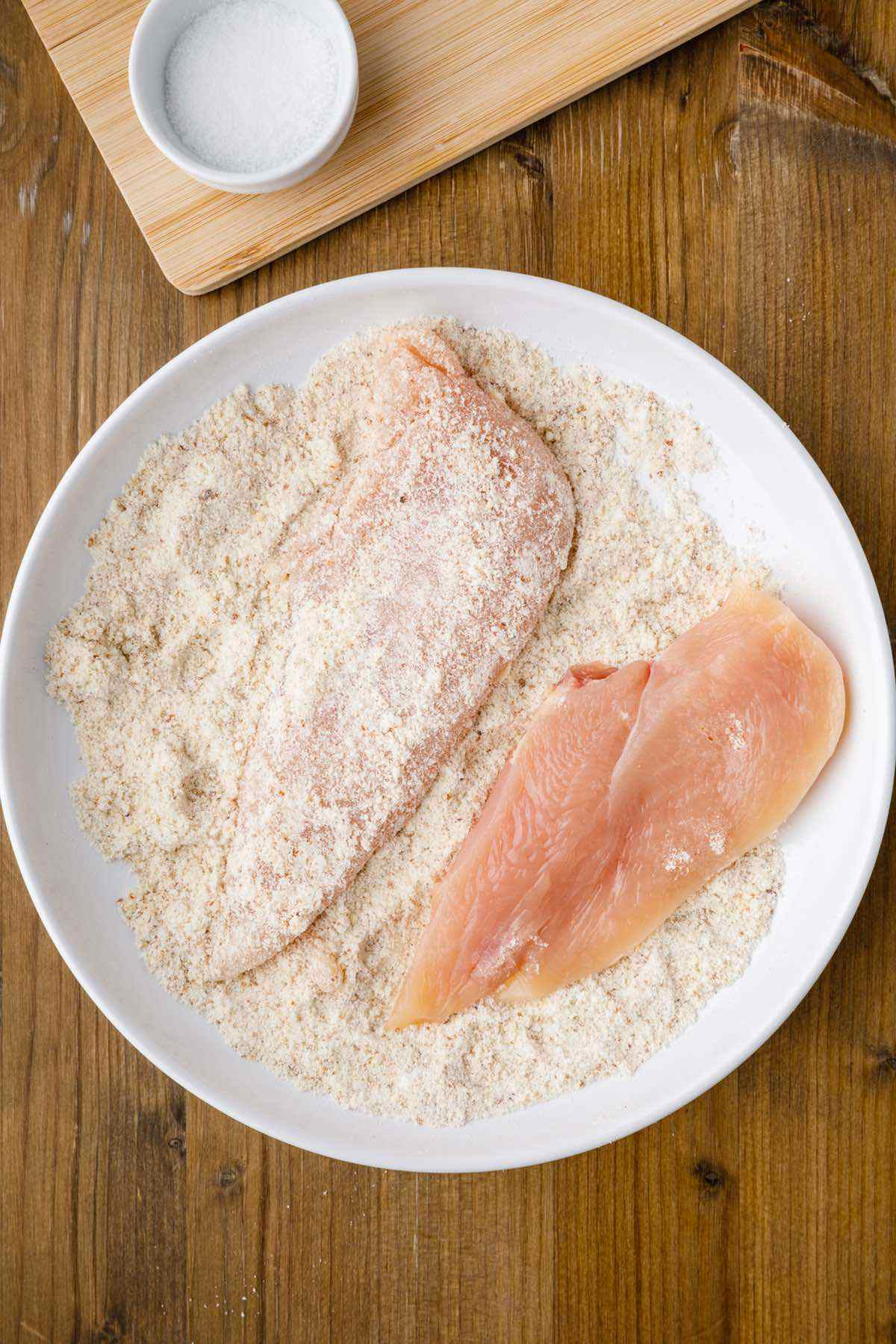 breading raw chicken breast