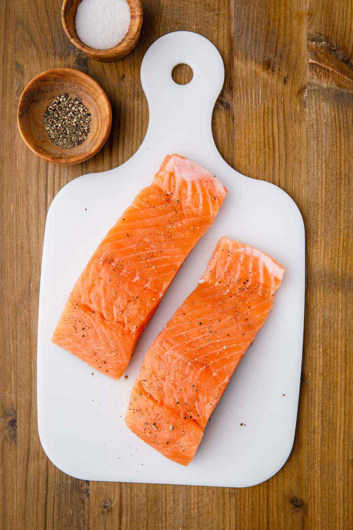 raw salmon prep
