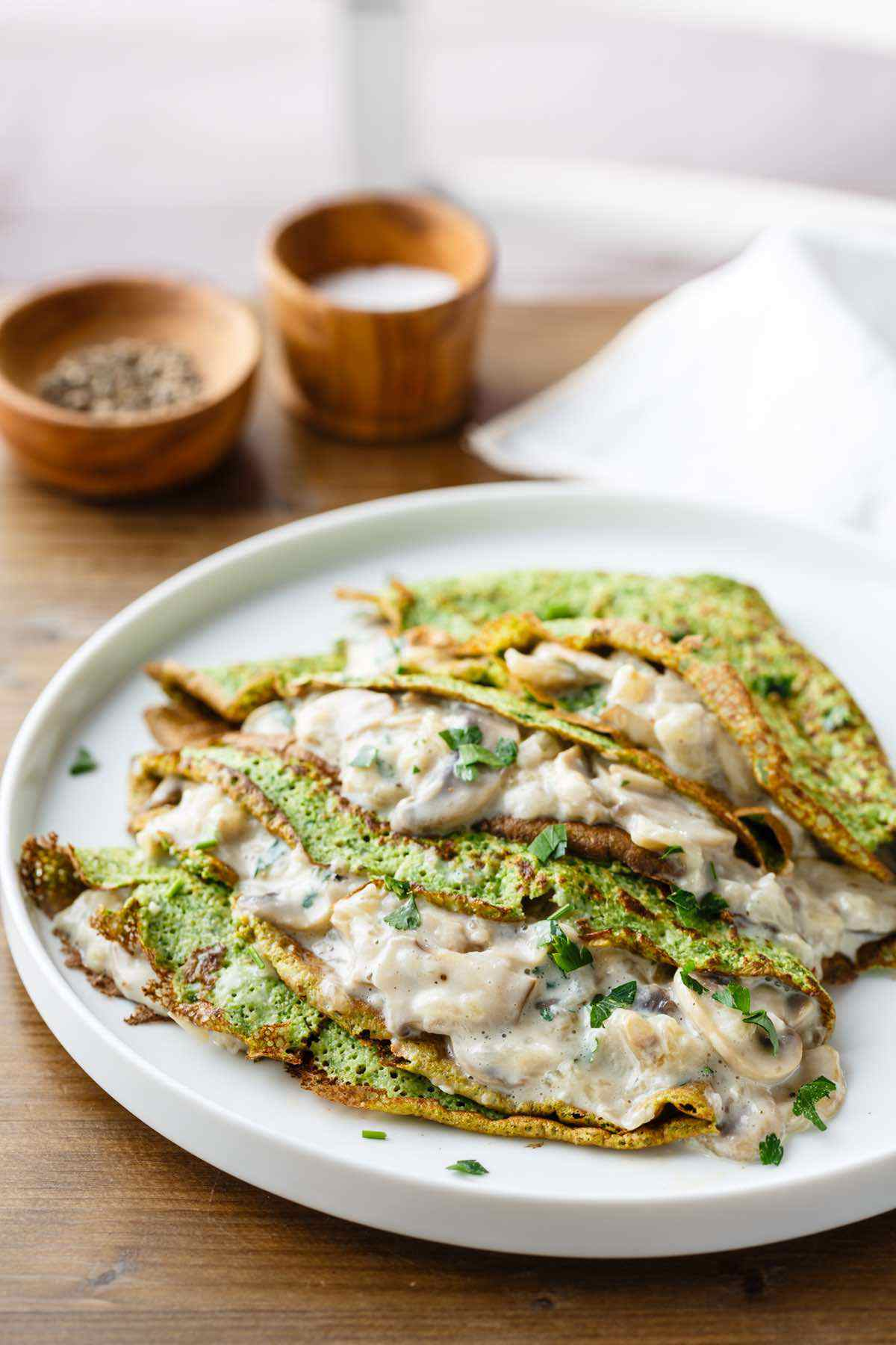 paleo spinach crepes with mushroom filling