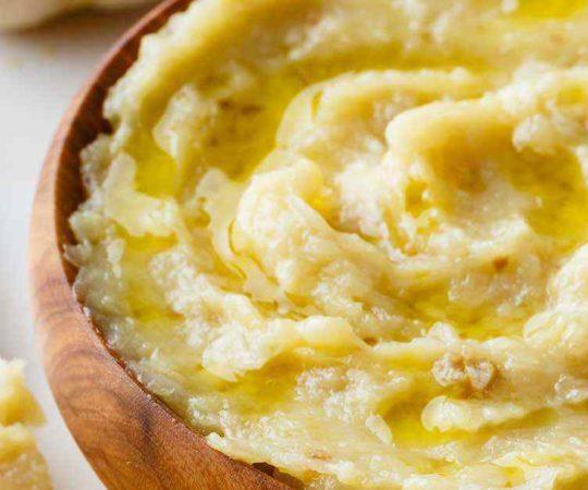 3 Ingredient Garlic Spread