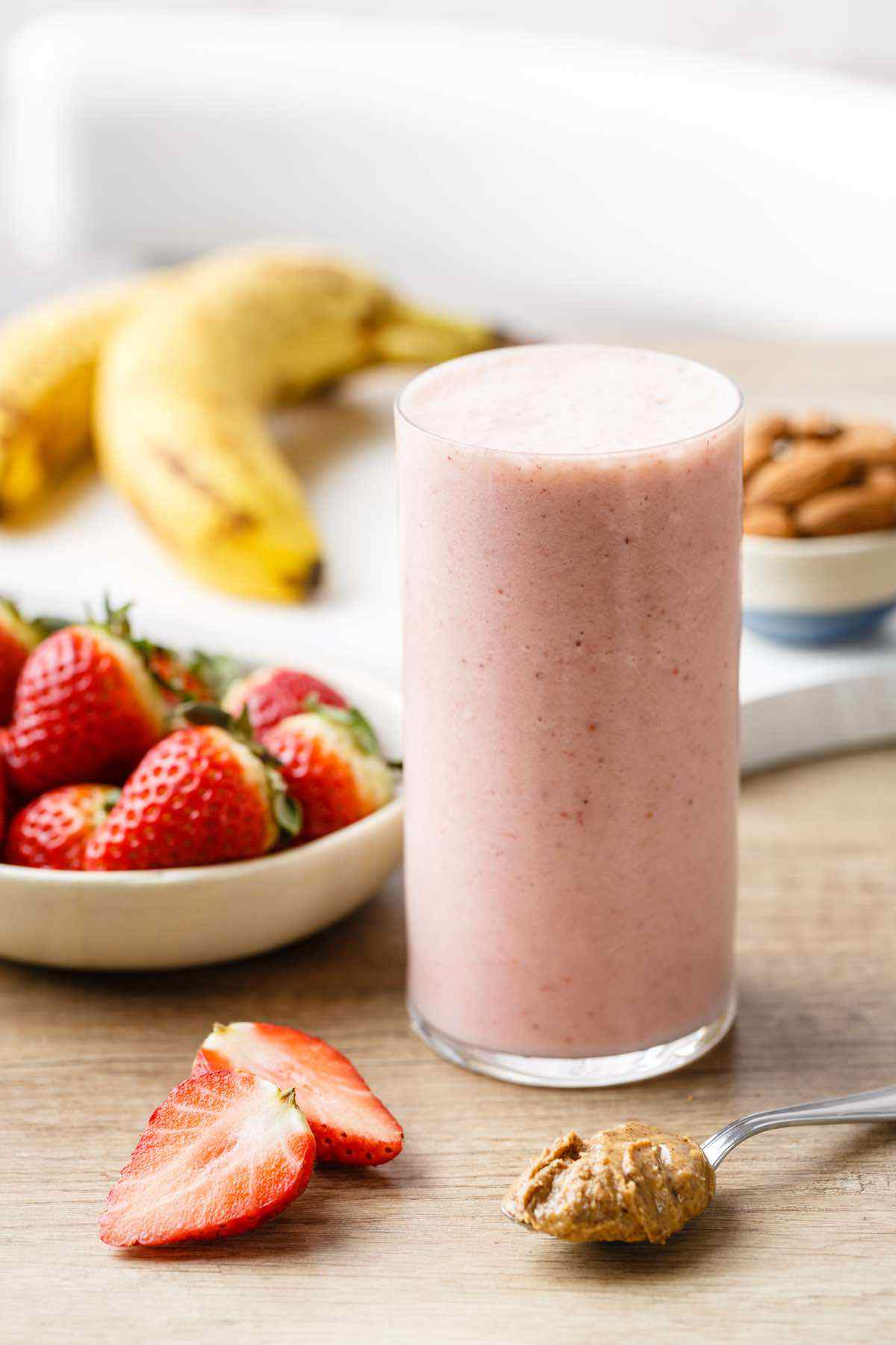 paleo almond butter smoothie