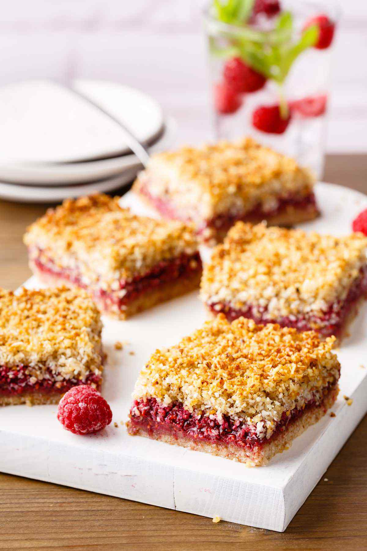 Looking for a healthy snack that makes excellent use of your preferred choice of berries and chia seeds? Check out this recipe for raspberry crumble bars -- swap out the raspberries for your favorite berries as you please.