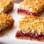 paleo raspberry crumble breakfast bars