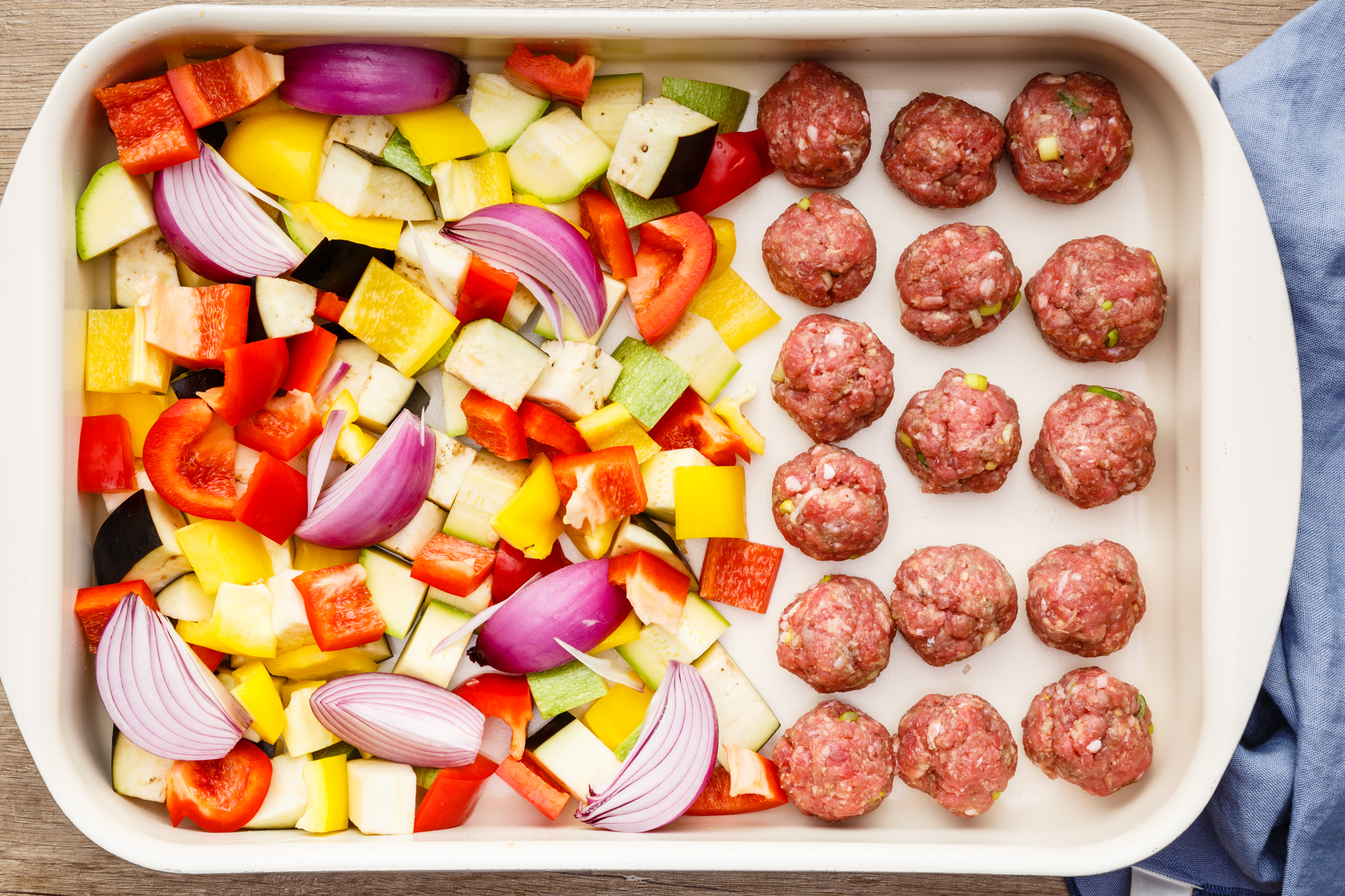 3a-cooking-meatballs-with-veggies