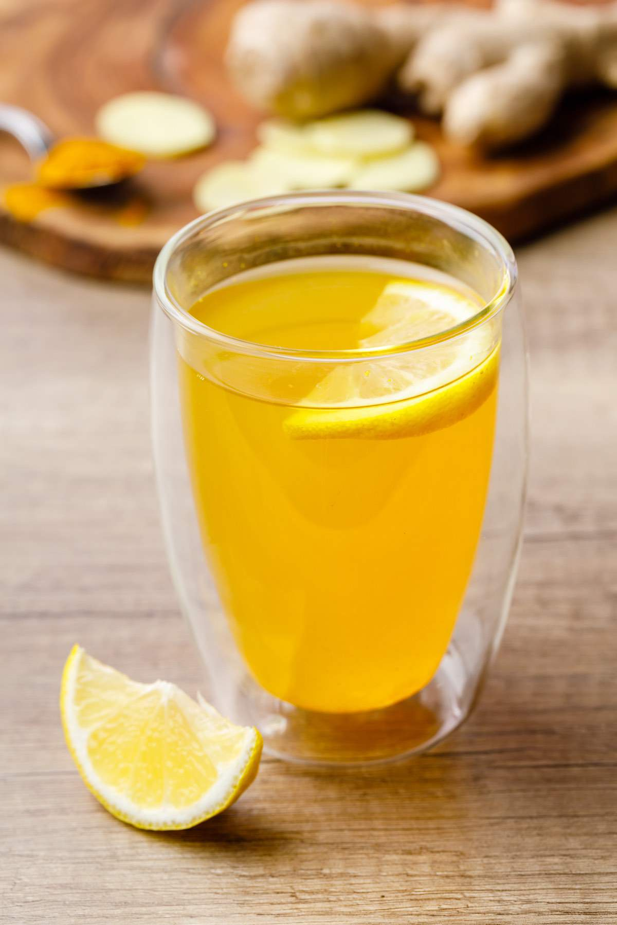 Turmeric Ginger and Lemon Tea