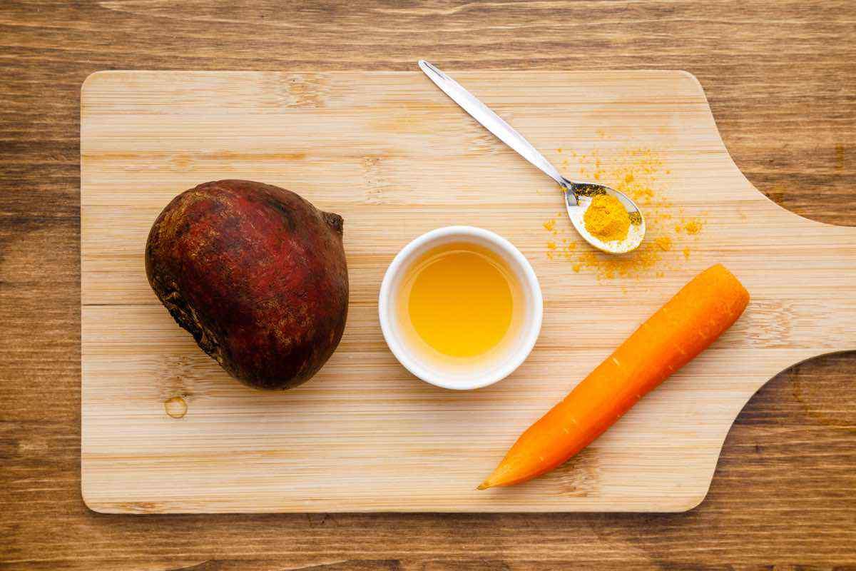 Ingredientes de la bebida de vinagre de sidra de manzana de remolacha