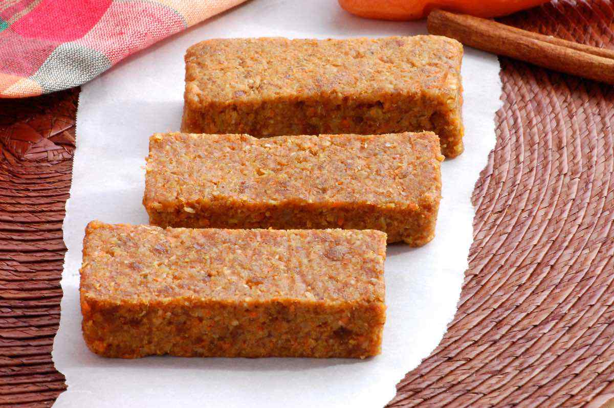 Carrot Cake Energy Bars