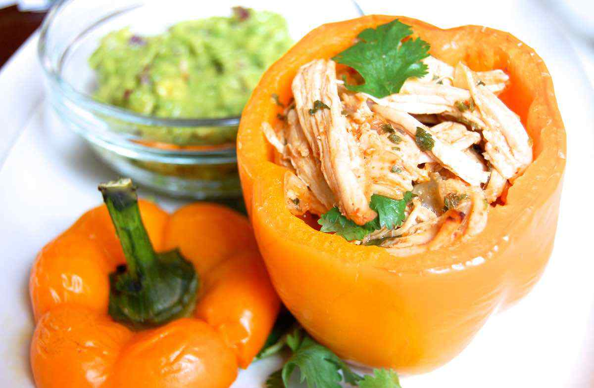 Paleo Buffalo Chicken Stuffed Peppers