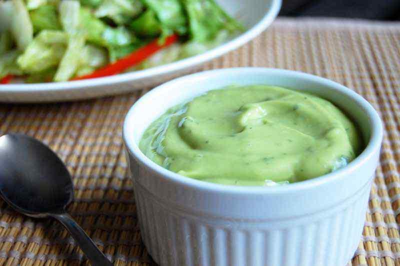 Creamy Avocado Paleo Salad Dressing