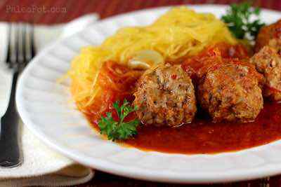 Easy Paleo Spaghetti Squash and Meatballs