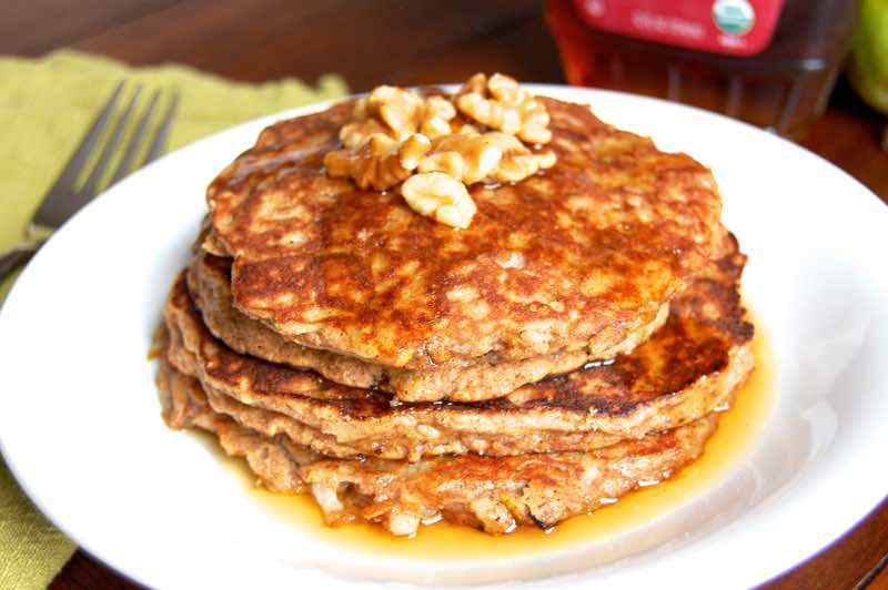 Pear and Cinnamon Paleo Pancakes