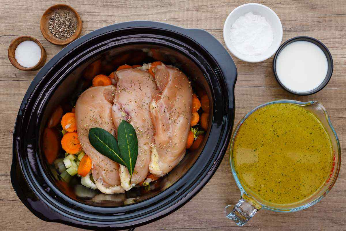 Paleo Crockpot Cream of Chicken Soup