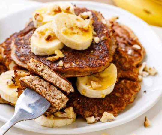 Easy Paleo Banana Bread Pancakes