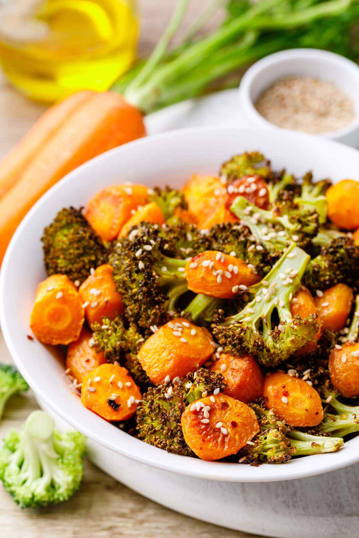 Garlic Roasted Broccoli and Carrots