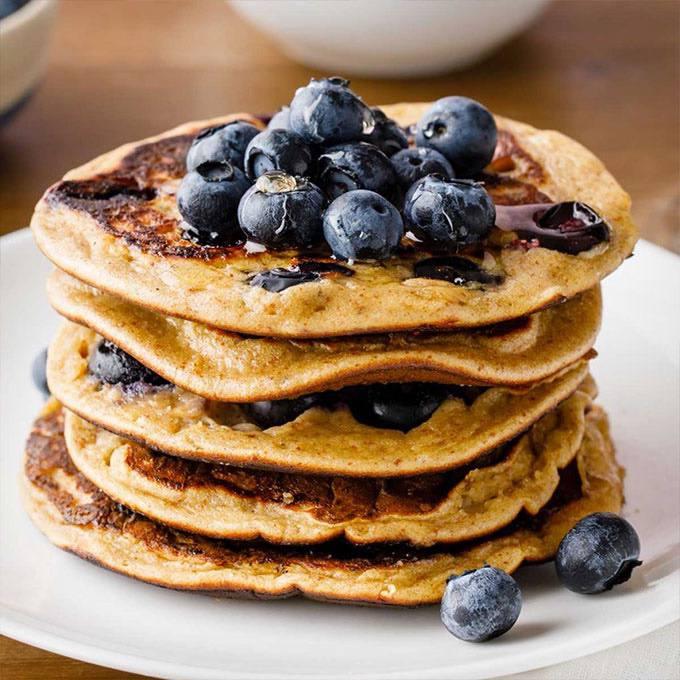 Flourless Blueberry Banana Pancakes