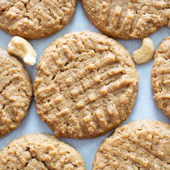 4 Ingredient Paleo Vegan Cashew Butter Cookies