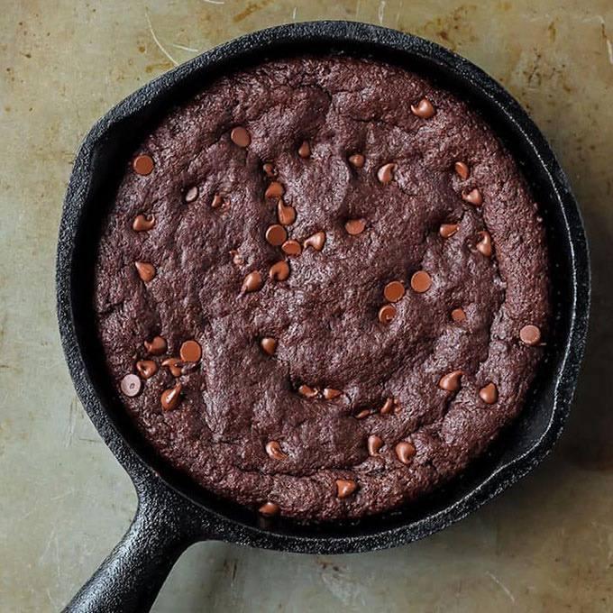 Fudgy Paleo Skillet Brownies