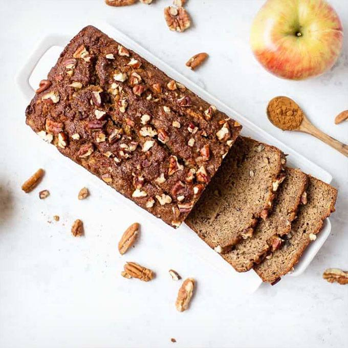 Healthy Cinnamon Apple Banana Bread