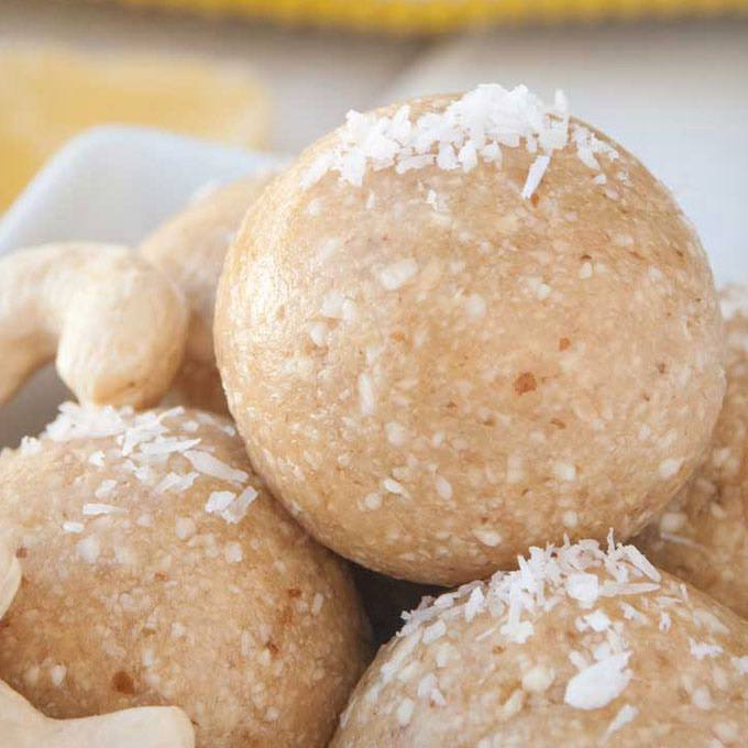No-Bake Pineapple Cashew Energy Bites