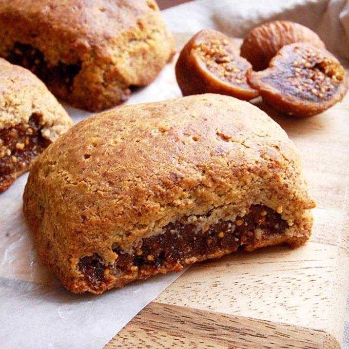 Paleo Fig Newton Cookies