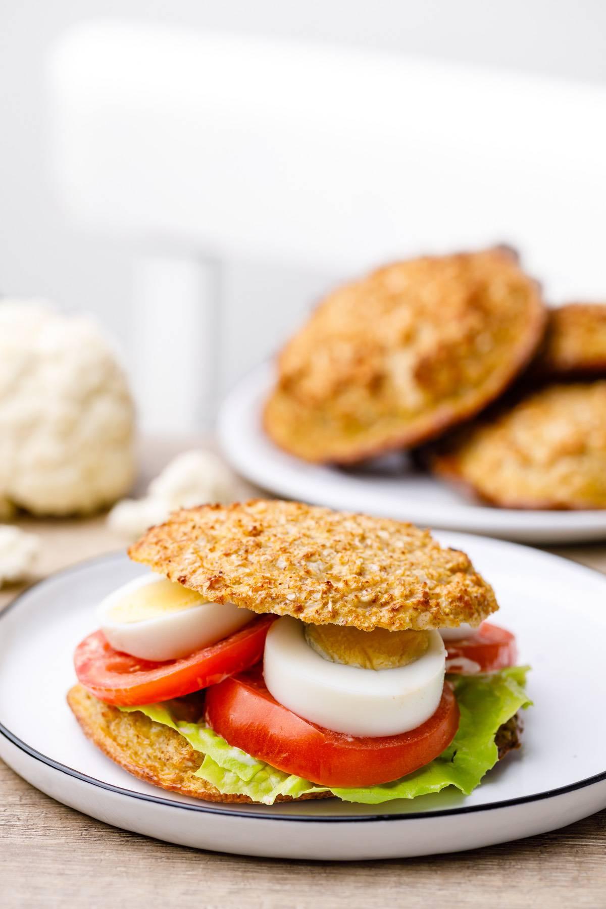 Home.fit cauliflower-bread-buns-5 Low Carb Cauliflower Bread Buns