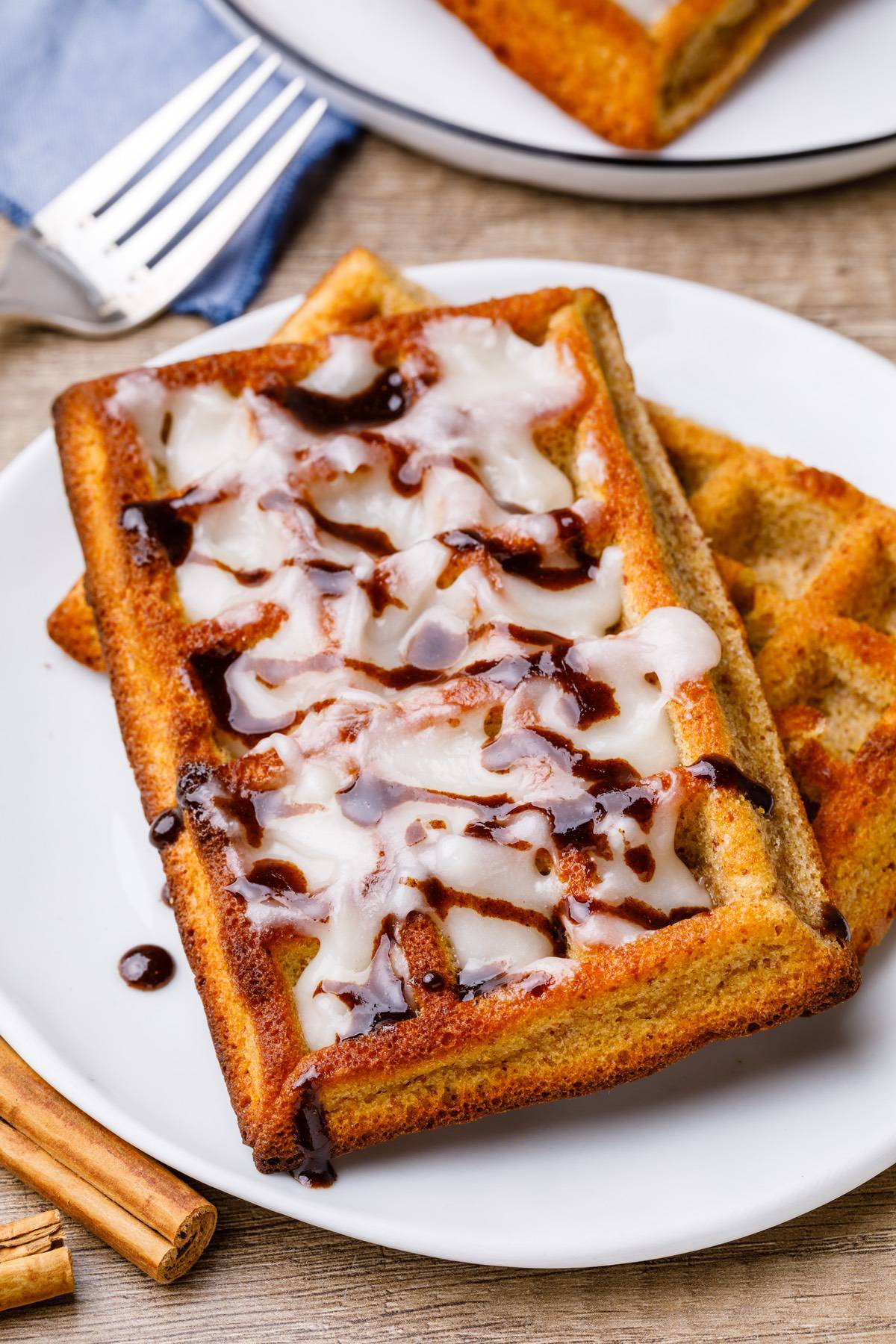Home.fit cinnamon-roll-paleo-waffles-7 Crave-worthy Cinnamon Roll Paleo Waffles