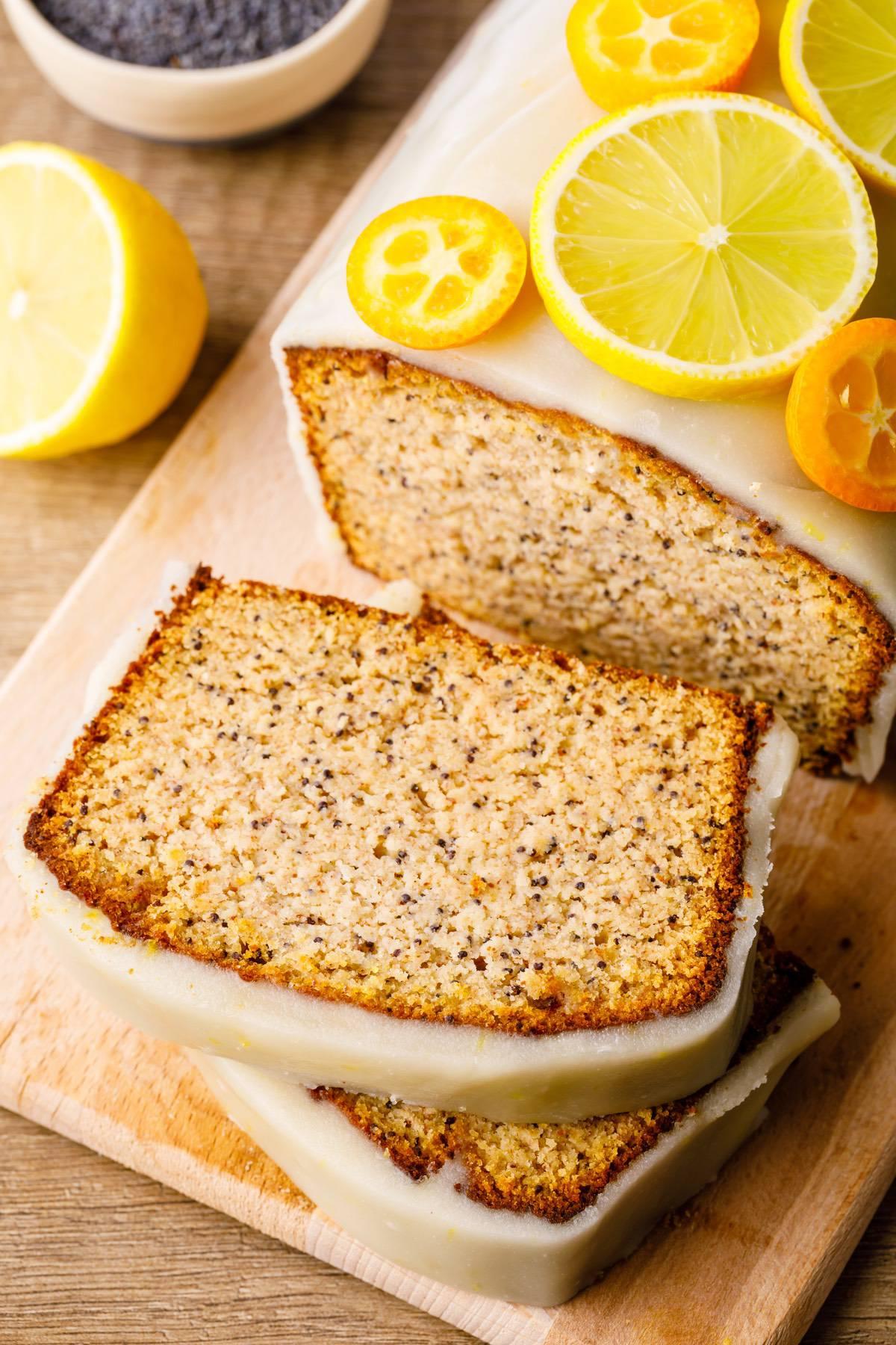 Home.fit lemon-poppy-seed-paleo-bread-7 Lemon Poppy Seed Bread (Low Carb)